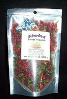 Goldenfeast Dehydrated Peppers Red/Grn 1.5oz